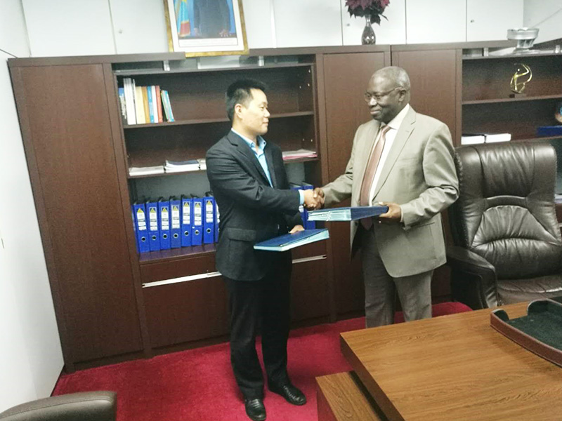 Senyuan signed the Memorandum of Understanding (MOU) with the national electricity company (SNEL) of Democratic Republic of Congo for the implementation of electricity projects, services and supply of electrical equipments on December 2nd, 2016.