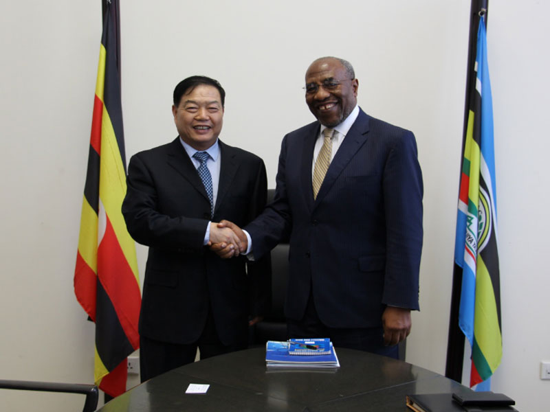 On January 21, 2017, Mr. Chu Jinfu, President of Senyuan Group paid high-level visit to Uganda and met with Ruhakana Rugunda, Prime Minister of Uganda.